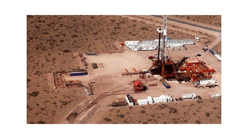 Darán a conocer el contrato entre YPF y Chevron por Vaca Muerta
