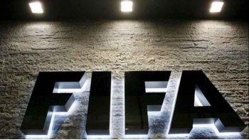 futbol con limite de faltas, sin offside ni penales