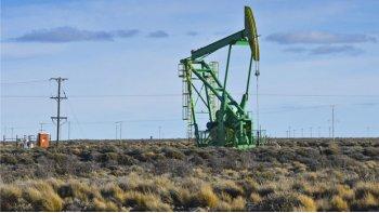 Los gremios petroleros irán a la Legislatura por Sipetrol