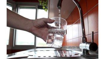 cortan el agua por 36 horas para la instalacion  de bombas en la nueva toma del lago musters