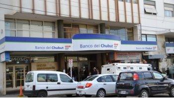 El Banco del Chubut extiende hoy el horario para atender a jubilados