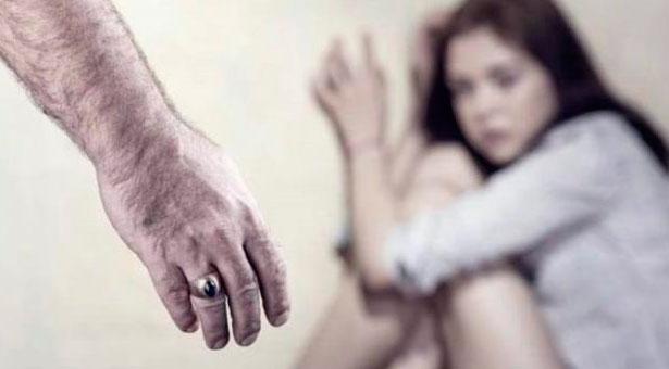 Pasaron a disponibilidad a un comisario por pegarle a su mujer