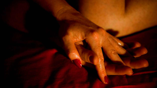 Los hombres tienen más sexo con la amante que con la esposa