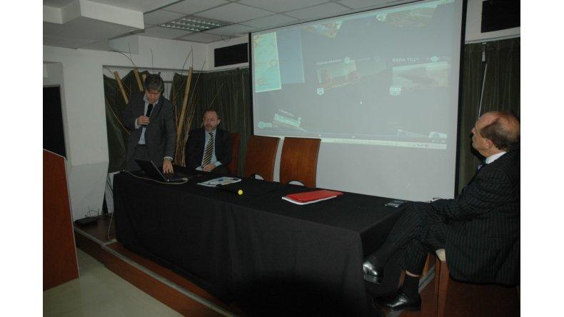 8 de febrero de 2012. La UOCRA  toma la municipalidad y se inicia un proceso judicial en el que solo 2 imputados llegaron a juicio