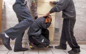 Un nene de 11 años murió tras ser golpeado por sus compañeros
