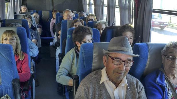Jubilados recibirían una suba del 15% en marzo