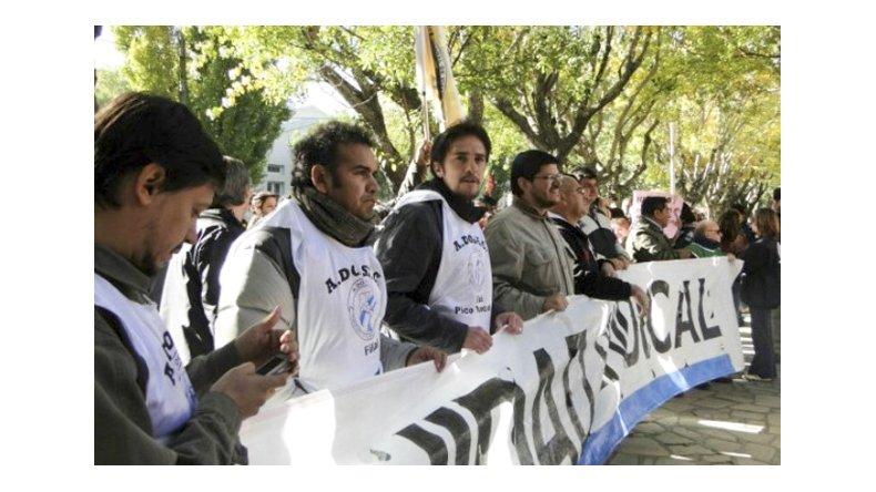 Padres y docentes, absueltos por el corte de ruta de 2011