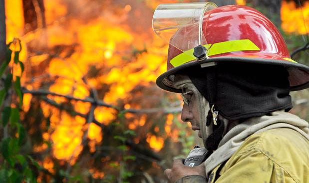 Brigadista se accidentó cuando combatía el incendio en Los Alerces