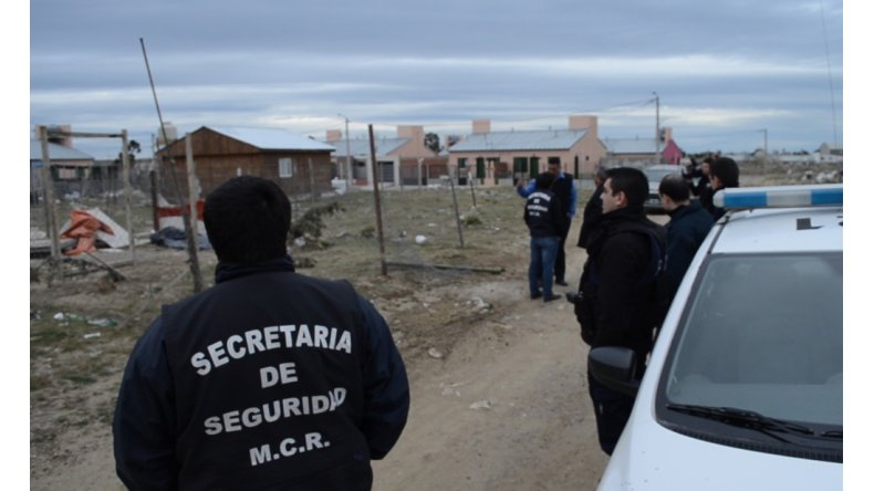 Nación aportará fondos para regularizar servicios básicos en asentamientos de la ciudad