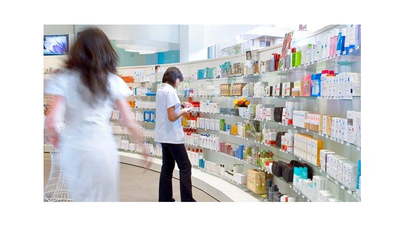 Farmacias podrían suspender las prestaciones a SEROS