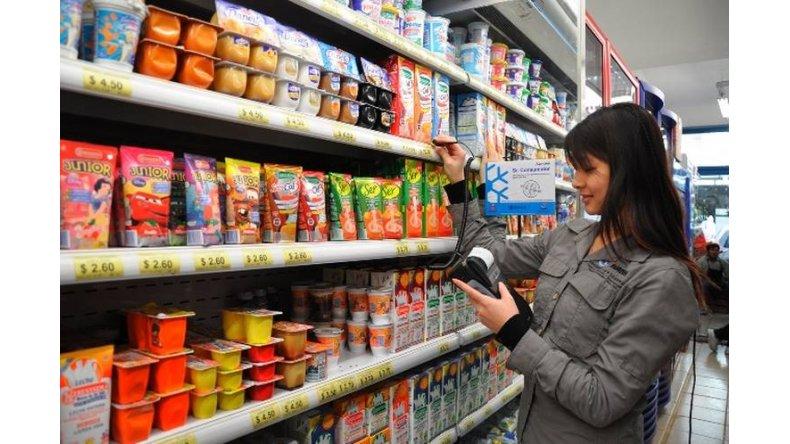 Multan a los supermercados por aplicar alzas desmedidas