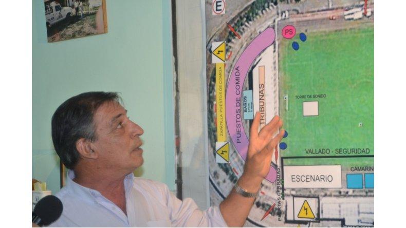 El ministro Zaffaroni prosigue con su recorrida por diversos establecimientos educativos de la provincia.