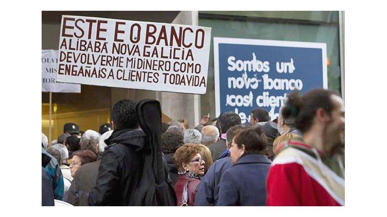 """En España existe casi un millón de fectados por una suerte de """"corralito"""""""