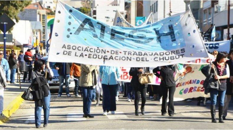 El lunes no empiezan las clases en Chubut: la Atech rechazó la conciliación