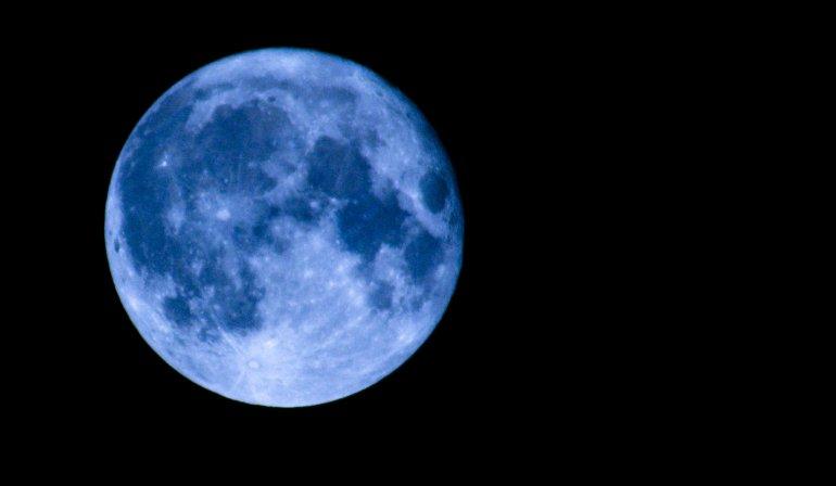 En Navidad habrá luna llena y pasará un asteroide cerca de la Tierra