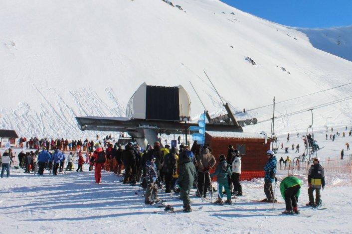 La próxima semana ya se sabrá cuánto costará esquiar en La Hoya