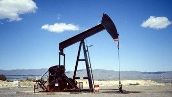 Descubren un nuevo yacimiento de petróleo en Santa Cruz