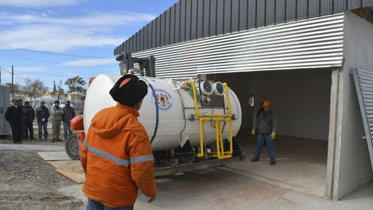 La cámara hiperbárica ya se encuentra en el Hospital de Puerto Madryn.