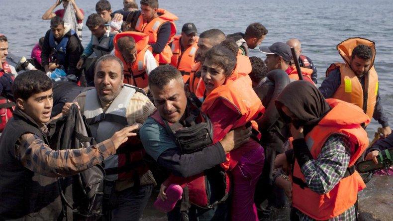 La familia Siria que iba a llegar a Comodoro podría instalarse en Vaca Muerta