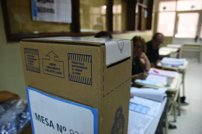 Los primeros datos del ballotage se conocerán a las 19:30