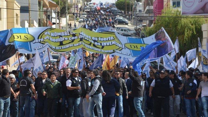 Gómez adelantó que en la reunión del lunes se va a sentir el peso del sindicato