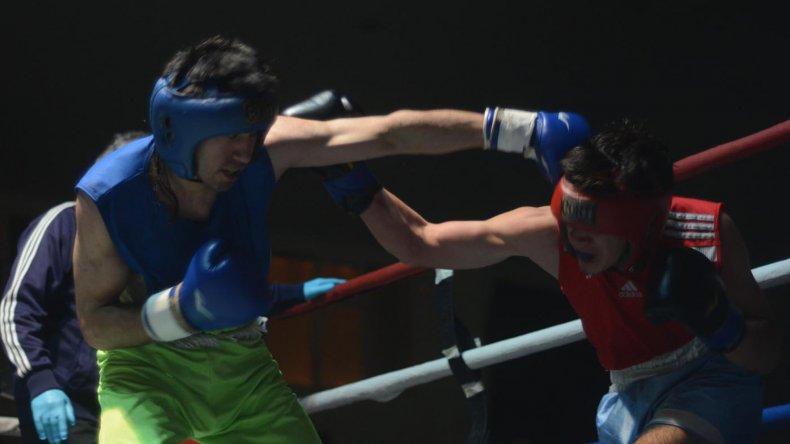 El boxeo amateur tuvo una noche a pura adrenalina.
