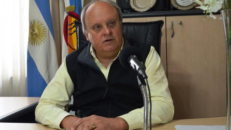 Néstor Di Pierro valoró el trabajo de los empleados municipales al recordarse ayer su día.
