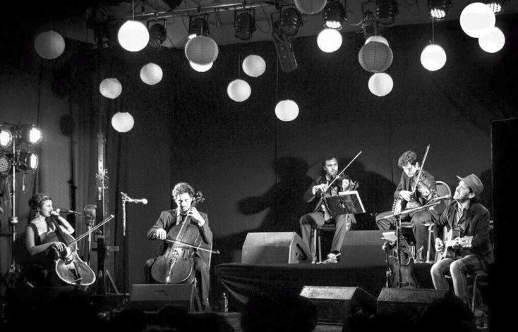 Set solo + cuarteto de cuerdas. Lisandro Aristimuño y una noche de luz en Rada Tilly.