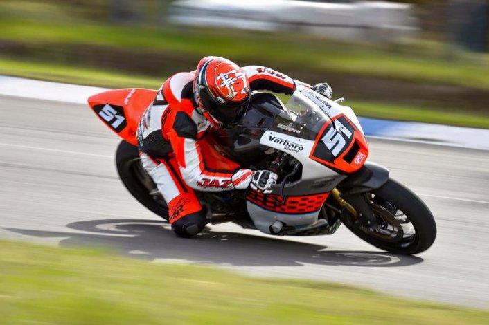 Federico Zapata cerró una excelente temporada al ser subcampeón de la categoría 600cc B.