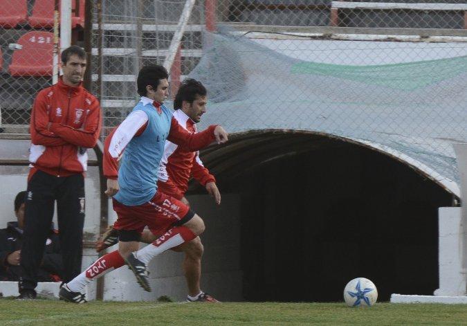 Daniel Sciutti en uno de los entrenamientos del plantel de Huracán.