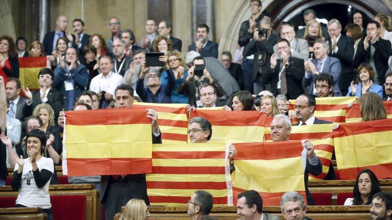 El parlamento Catalán dio un debate histórico por su independencia.