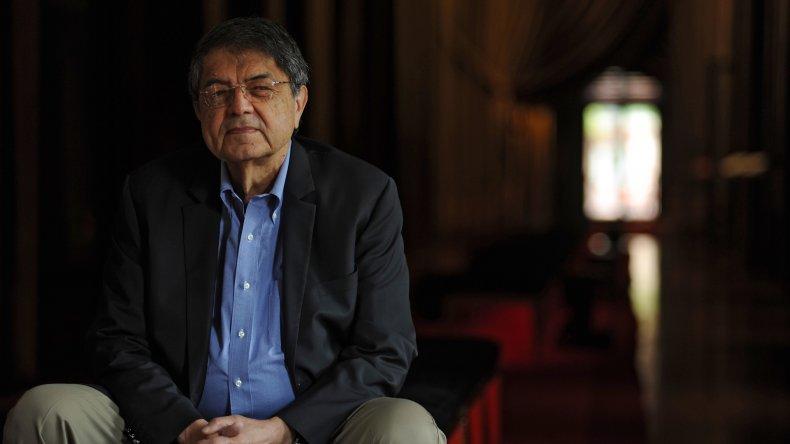 Sergio Ramírez presenta su novela  Sara.