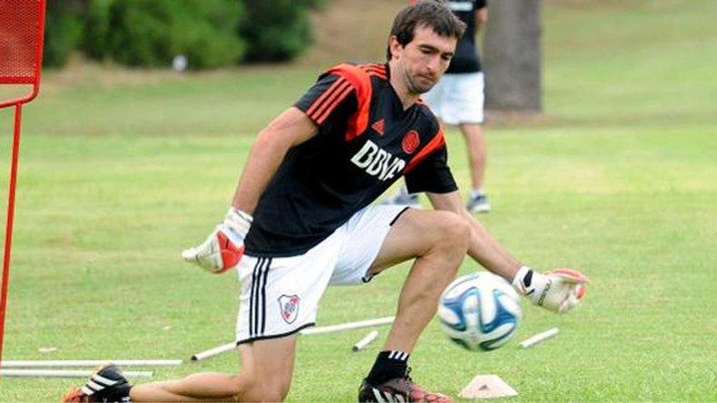 El arquero Marcelo Barovero durante un entrenamiento de River Plate.