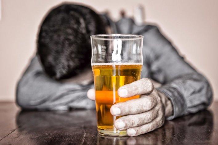 El problema con el alcohol y tabaco sigue siendo una  constante