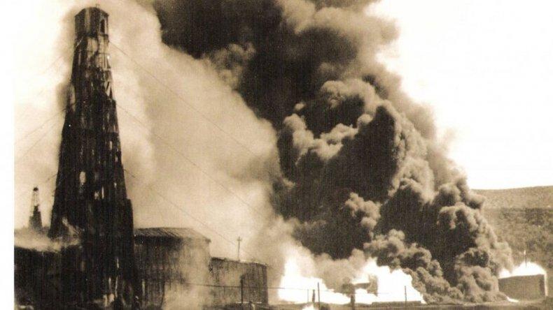 Homenaje a los primeros mártires del petróleo