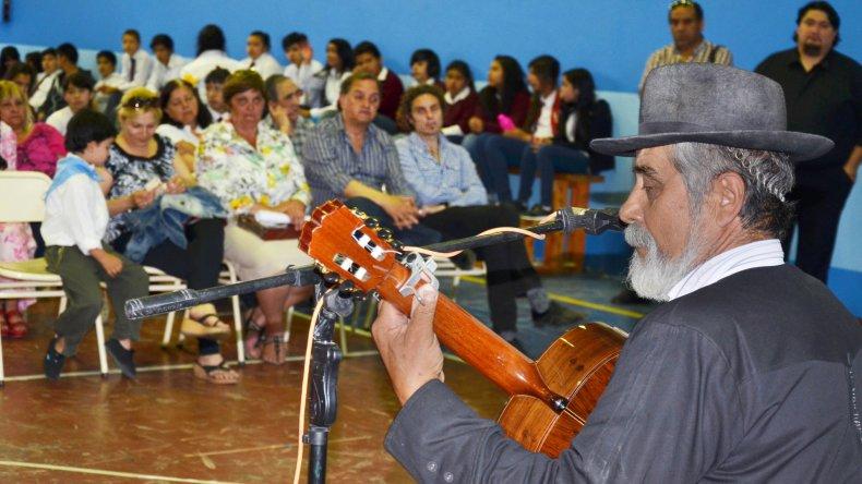 """La Escuela 161 del """"Barrio Gaucho fue escenario de la celebración por el Día de la Tradición."""