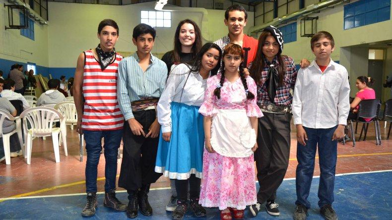 Con música y baile se celebró en Ciudadela el Día de la Tradición