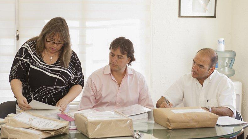 El acto institucional lo encabezó el intendente Juncos en el municipio de la villa balnearia.