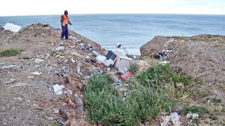 Convocan a masiva limpieza de playas en todo Comodoro y Rada Tilly
