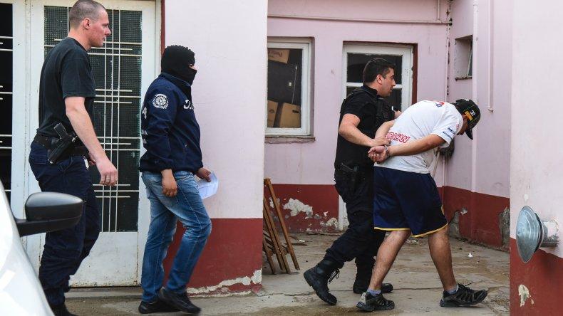 A última hora de la tarde detuvieron a un sospechoso que tendría directa relación con el homicidio.