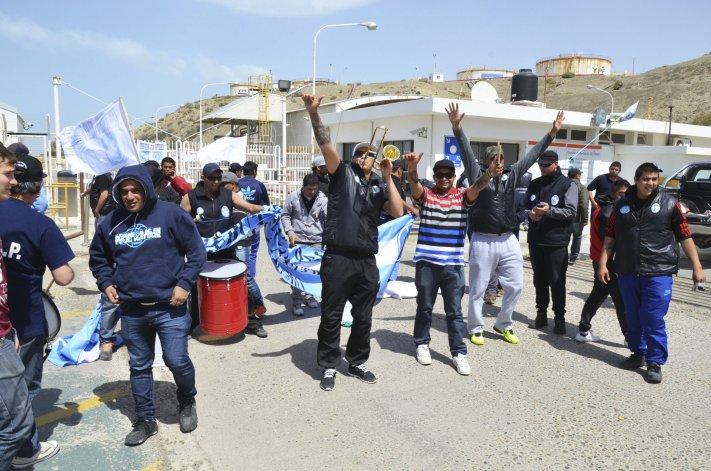 Vigiladores amenazan con parar toda la Patagonia