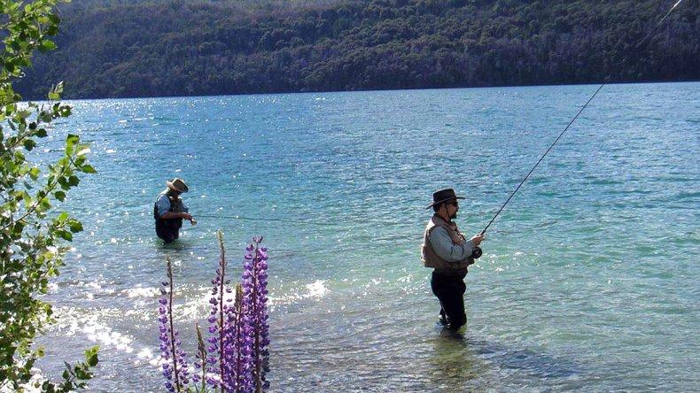 En un marco de incomparable belleza patagónica se pueden disfrutar de las más variables actividades.