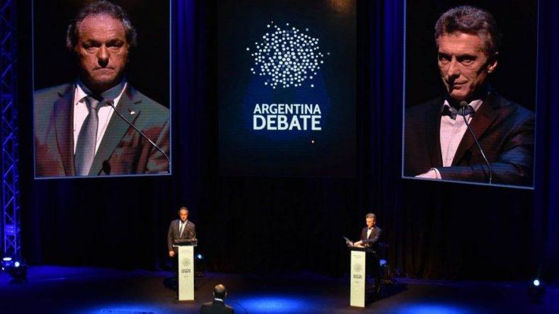 Cruces y cuestionamientos en el debate entre Scioli y Macri