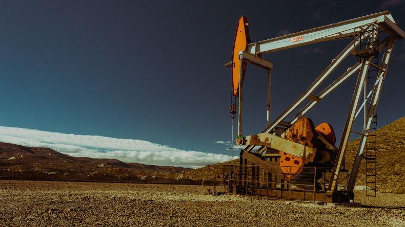 Petrolera rusa interesada en invertir en Chubut avanza en un acuerdo con Petrominera