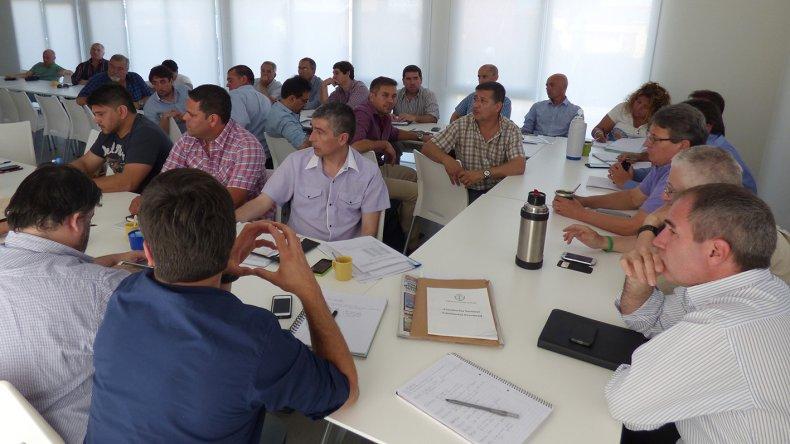 Se reunió el gabinete de Das Neves y se redactó la futura Ley de Ministerios