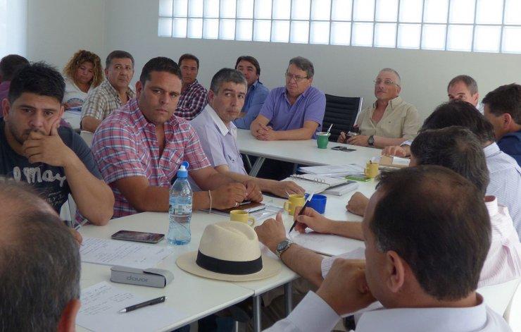 Víctor Cisterna coordinó la reunión en la que se pasó revista a la situación de cada área del Gobierno provincial.