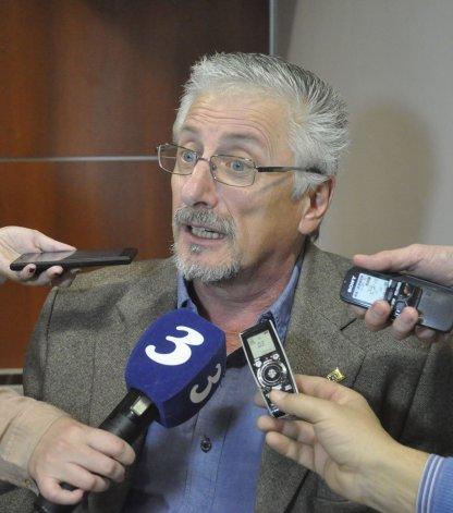 El diputado García recordó que la ley permite que se puedan renegociar los contratos vigentes