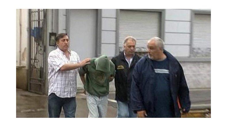 Indagan al carnicero por el doble crimen y el secuestro de Mía