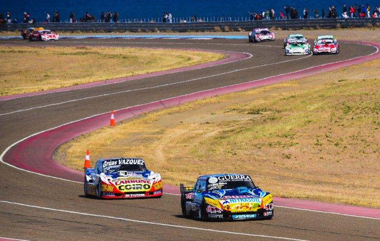 El TC brindó una final entretenida a 30 vueltas en Comodoro Rivadavia.