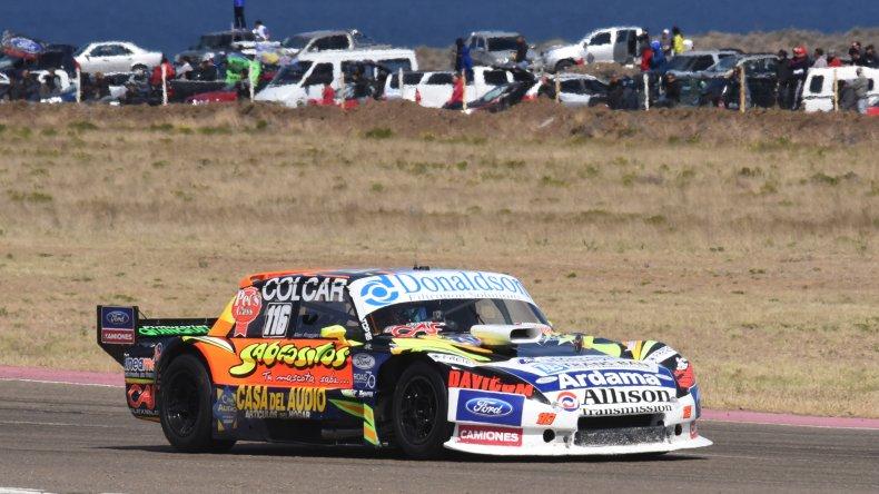 El Ford de Alan Ruggiero que ayer se quedó con la victoria en el TC Pista.